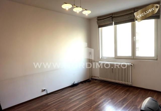 Vanzare apartament 3 camere, renovat, anvelopat